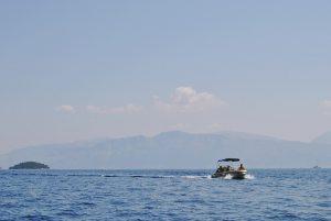 Barca a motore noleggio