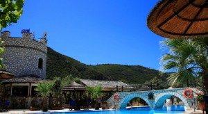 castelia resort