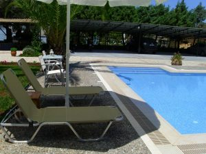 villa verde piscina
