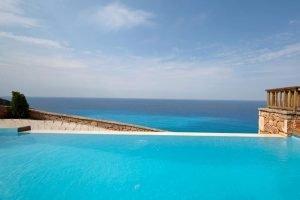 Villa Agios Nikita piscina